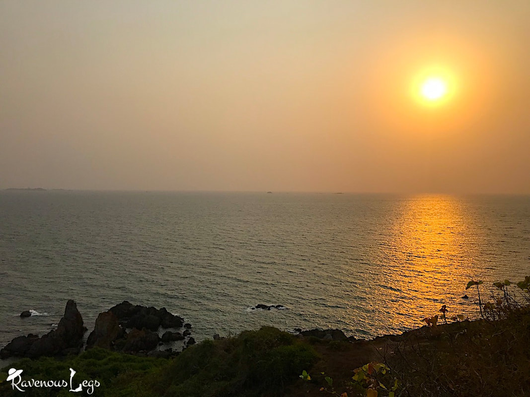 Sunset hike to Kille Nivati beach, Konkan coast, Maharashtra.